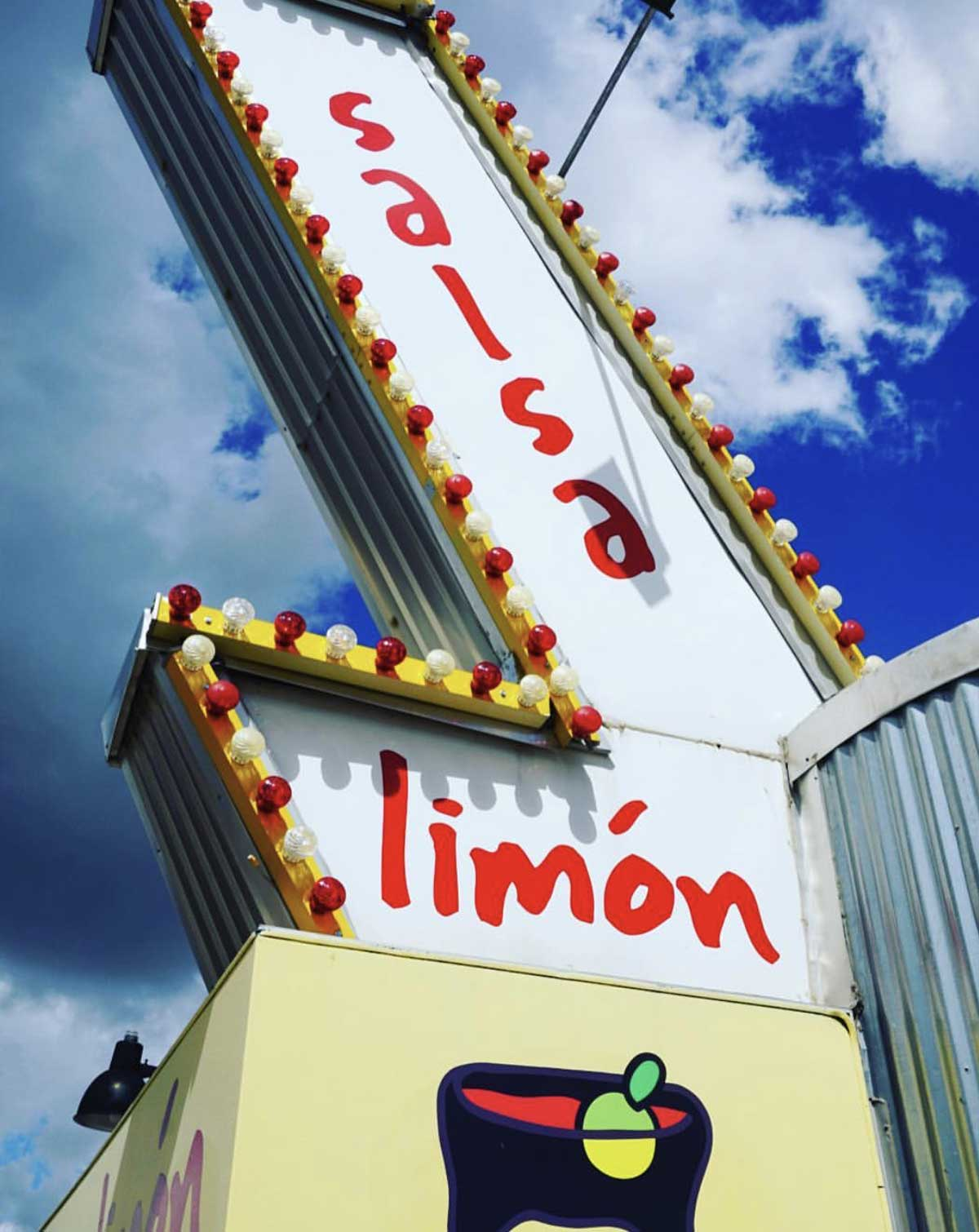 Salsa Limon Universidad Closing Down